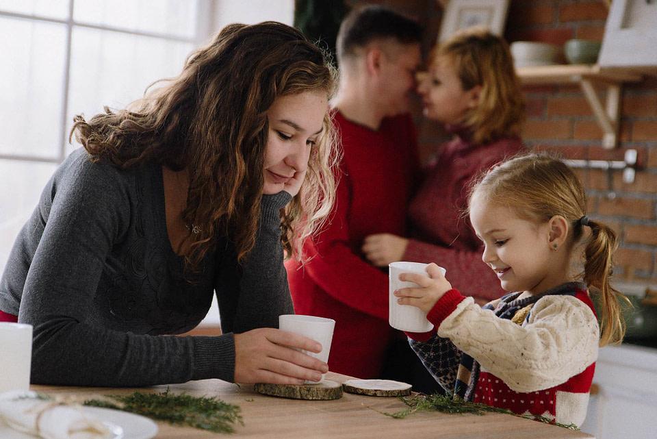 СЕМЕЙНАЯ ФОТОСЕССИЯ В СТУДИИ С ДЕТЬМИ – СВЕТЛАНА И МАРАТ