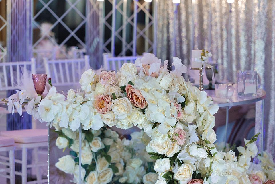 Красивое оформление декора на свадьбу, профессиональная свадебная фотосессия в Киеве и Одессе - услуги фотографа на свадьбу, съемка свадьбы (недорого, стоимость и цена на сайте) фотограф Соя Юрий
